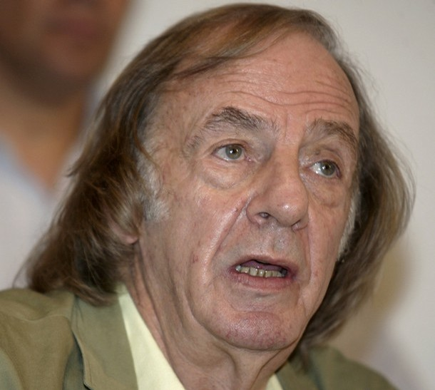 Tecos UAG's new coach, Cesar Luis Menotti of Argentina, speaks during a news conference at the Three Marzo stadium in Guadalajara City